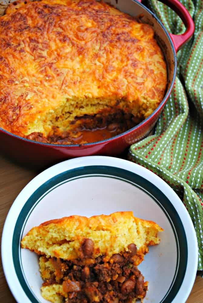 chili and cornbread bake