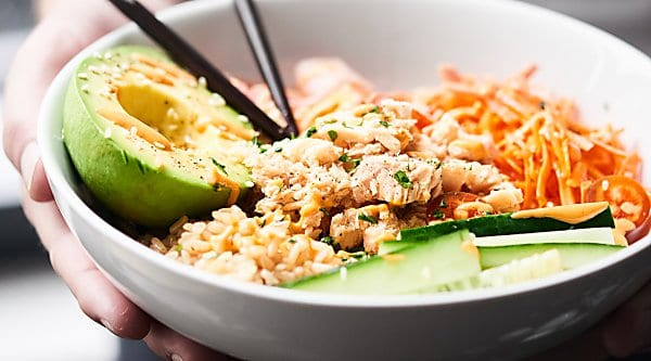 Spicy Tuna Roll Bowl: canned tuna recipes