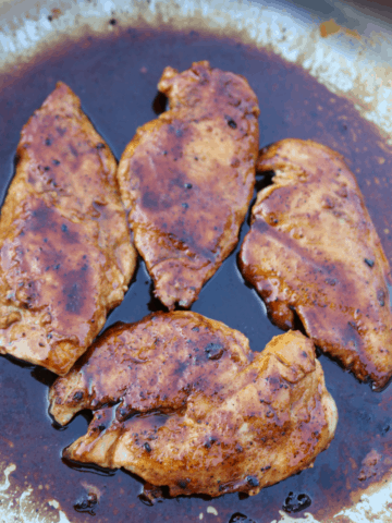 Chicken breasts in a spicy sweet honey butter sauce